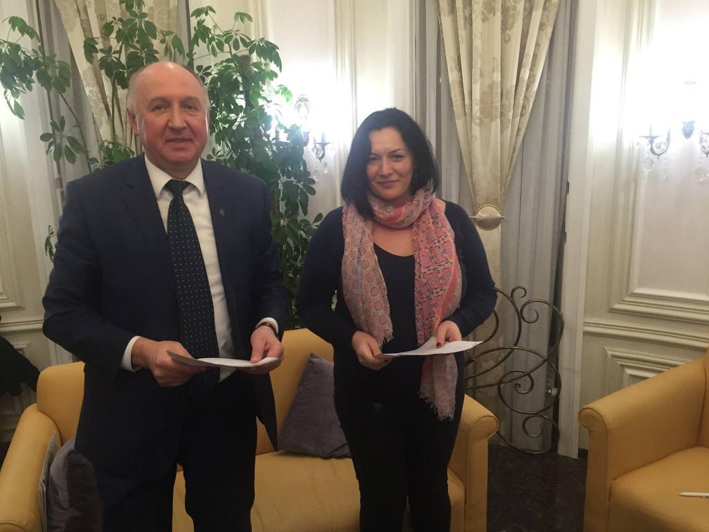 Подписание соглашения о сотрудничестве Фонда с Торгпредством РФ в Казахстане.jpg